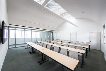 Meeting Room A-305