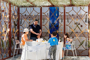sukkah holiday installation
