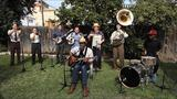 """Watch the California Feetwarmers perform """"The Old Me Better"""" with Keb Mo'."""
